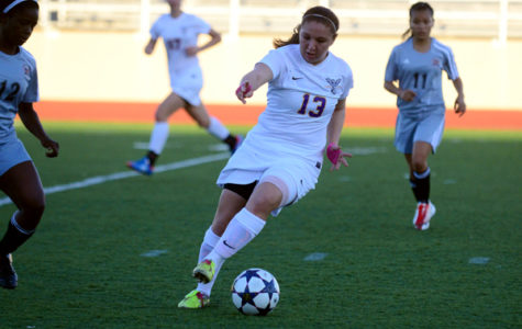 Lady Eagles Tie Plano East