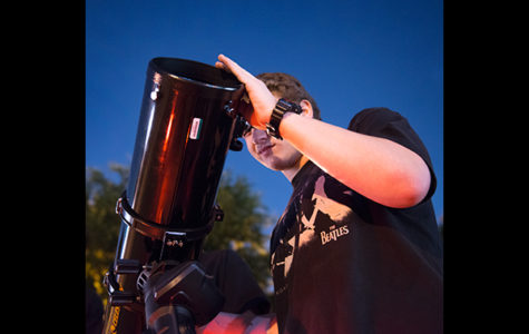 Stargazers Watch Night Sky With New Astronomy Club