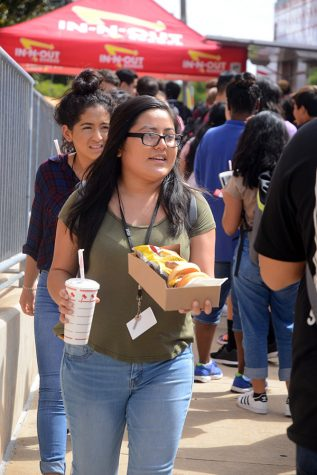 AVID Fundraiser : In-N-Out