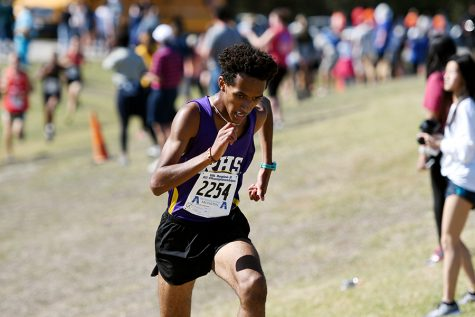Cross Country Runner Advances to State for First Time in 3 Decades