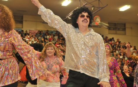 """Eagles Feel the """"Friday Night Fever"""""""