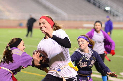 Seniors, Sophomores Dominate Powder Puff