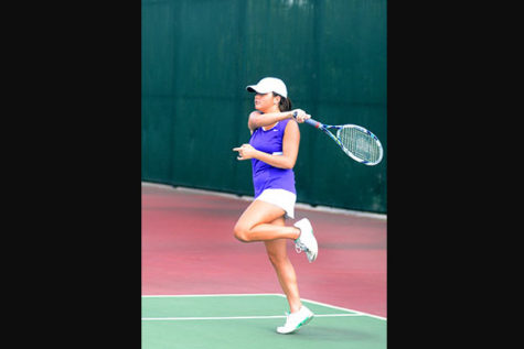 Tennis Starts Season Strong
