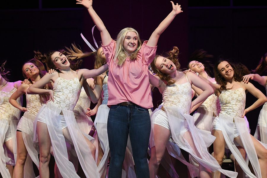 Archilla Makes Directorial Debut with 'Legally Blonde'