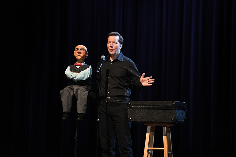 Alumnus+and+world+famous+comedian+Jeff+Dunham+came+back+to+RHS+to+film+an+A%26E+documentary+and+present+to+students.+Talon+photo+by+Yessi+Lipscomb