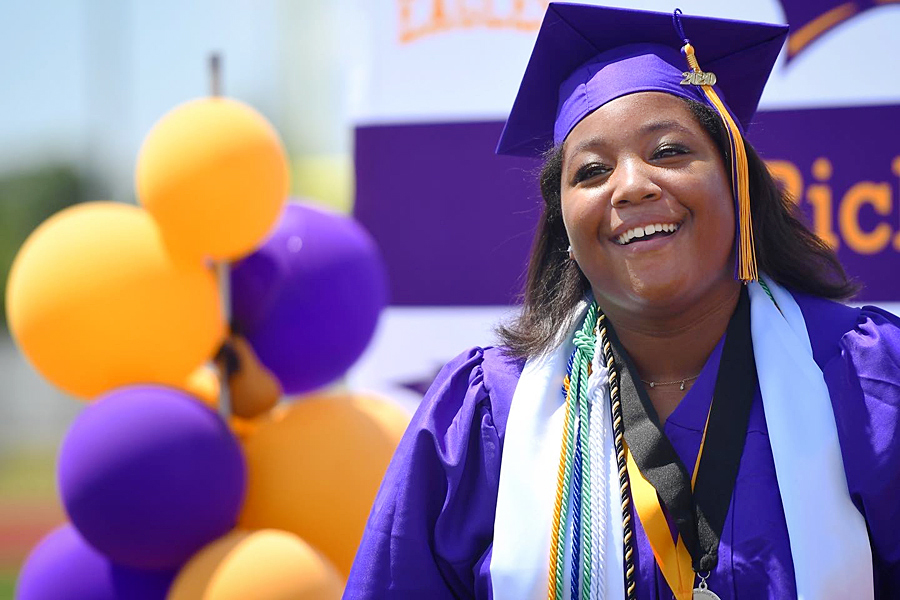 PHOTO GALLERY: 2020 Graduation